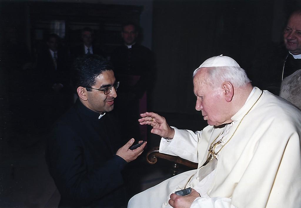 Отец_Диогенес_и_Папа_Иоанн_Павел_II