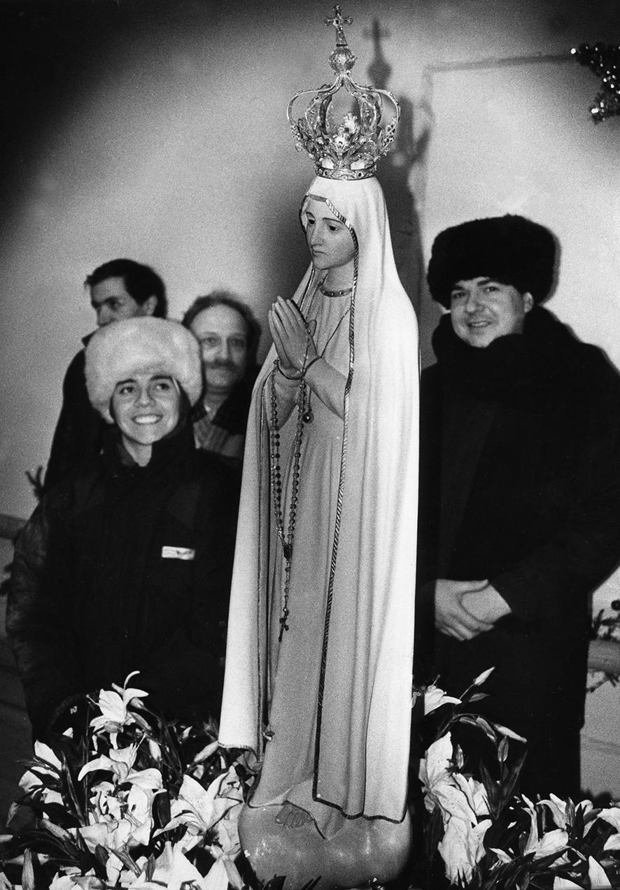 Сестра Мария Цель и отец Хуан Карлос